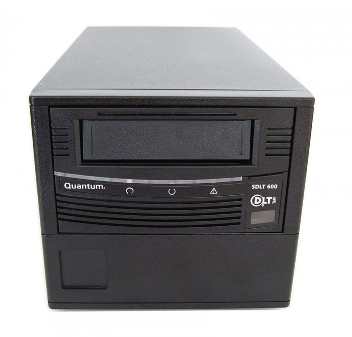 HP Storage Works SDLT 600 External SCSI. Part: AA985-64010